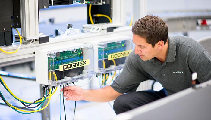 Cognex Logistics Partner Integrator checking wires